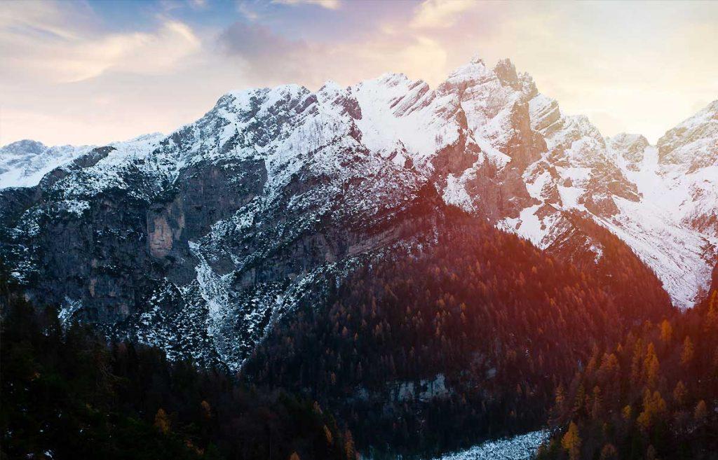 Een prachtige skiroute langs het wereldberoemde Sellamassief. Tijdens deze skitocht kijkt u - en uw reisgenoten- uw ogen uit. Lees verder op goMICE!