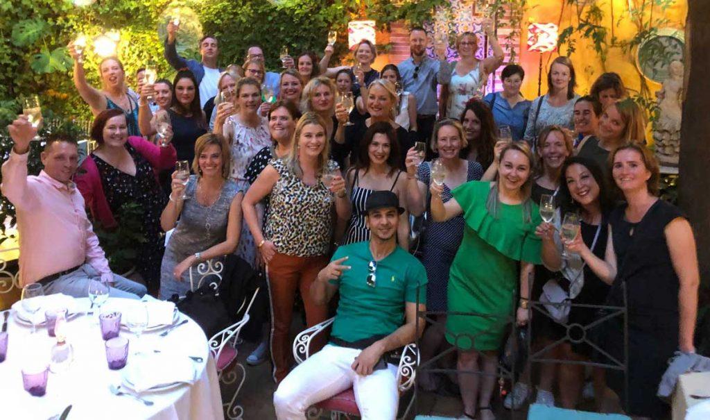Team-UNIGLOBE-Alliance-Travel-en-goMICE-TGIF