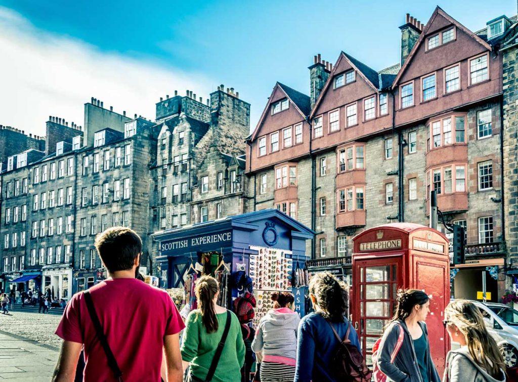 Een jubileumreis naar Edinburgh gecombineerd met inspecties in Glasgow